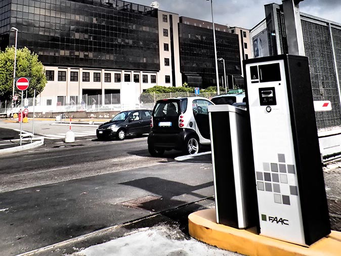 HUB Parking ParQube installation San Raffaele hospital Milan