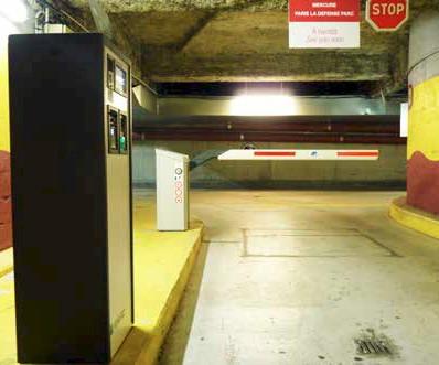 Mercure La Grande Arche Hotel barrière et périphérique HUB Parking