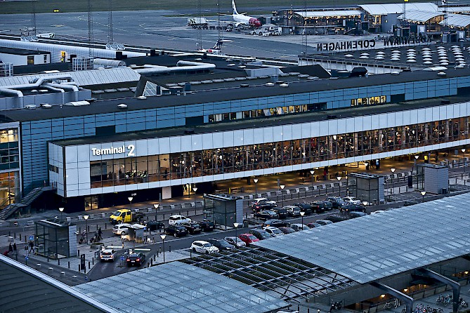 terminal 2 of CPH Copenhagen international airport, with its parking area equipped by HUB