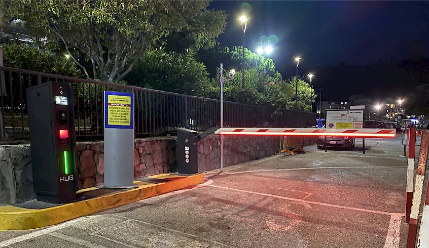 entrée de la zone de parking de Marina di Camerota pour la nuit