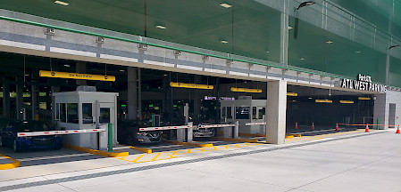 entrance of the brand new West deck at ATL airport