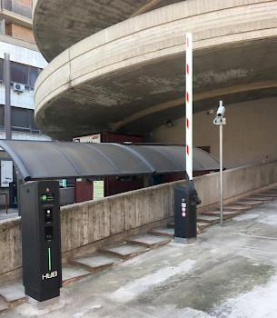 entrala del parking Ginnetto con estaciones Jupiter slim y camaras LPR